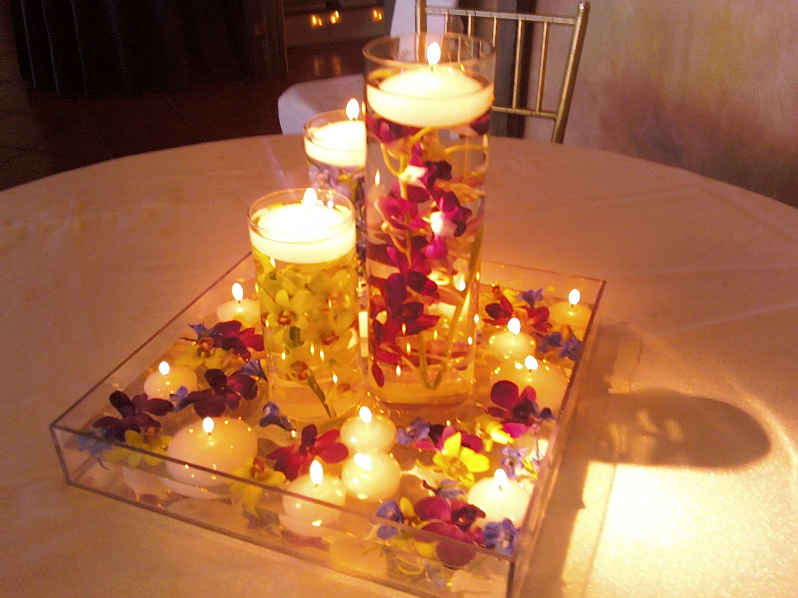 Fall Centerpieces With Candles : Centerpieces the table wears running shoes